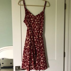 Motherhood dress size XL  maroon flower print
